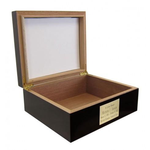 mahogany-photo-quality-chest-urn-series-002